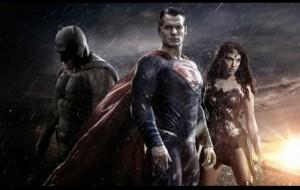Batman Superman ellen alternatív verziók